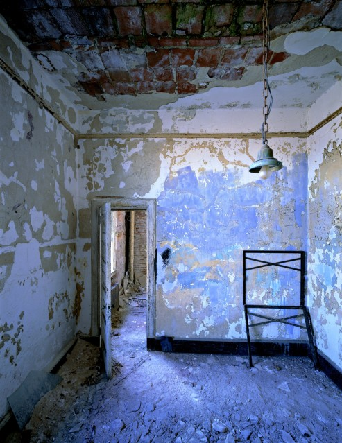 E11 Blue Room - Stephen WILKES