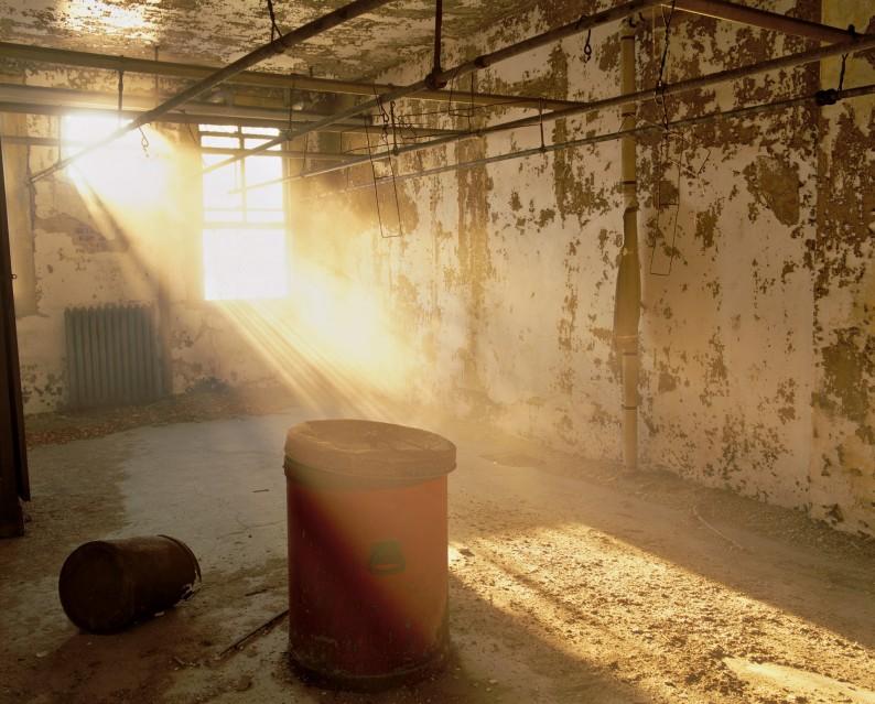 E35 Linen room - Stephen WILKES