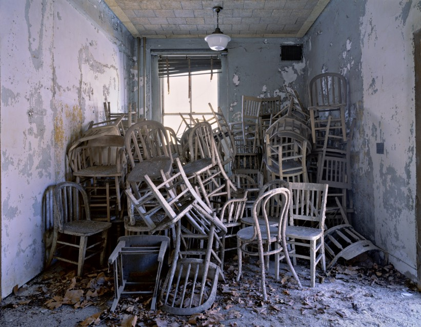 E43 Huddled chairs - Stephen WILKES