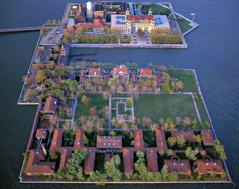 E53 Aerial Ellis Island - Stephen WILKES