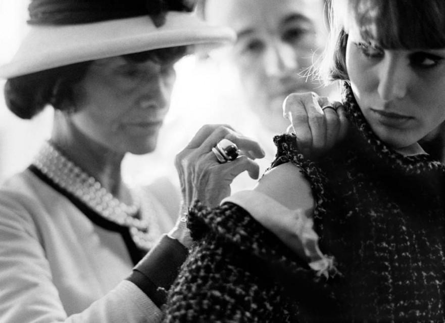 Coco Chanel (roll 23 - frame 7) - Douglas KIRKLAND