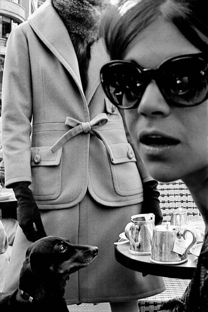 Big Fashion with Carol Lobravico at Café Flore, 1962 - Frank HORVAT