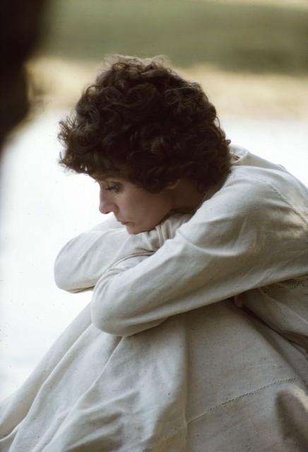 Audrey Hepburn, 1976 (profil) - Douglas KIRKLAND