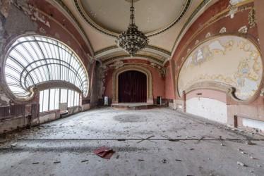 Ghosts of the dancefloor