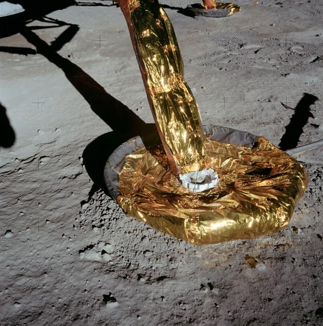 Apollo 11, Pied du module lunaire (AS11- 40- 5926) - NASA