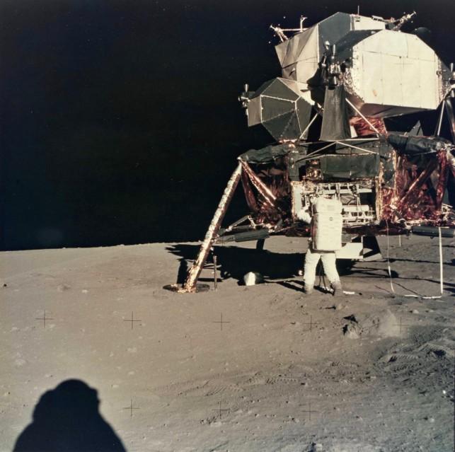 Apollo 11, Shadow (AS11-40-5928) - NASA