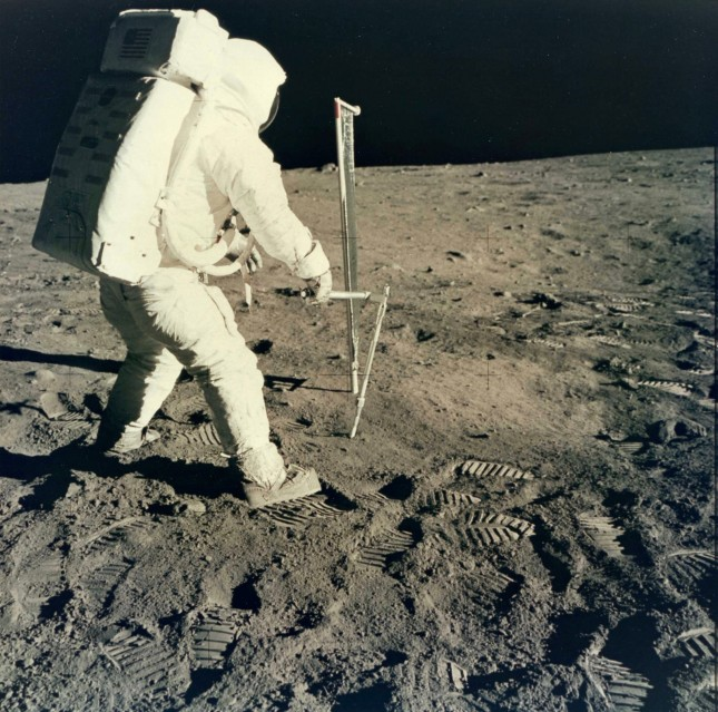 Apollo 11, Sunwind Sensor (AS11-40-5963) - NASA