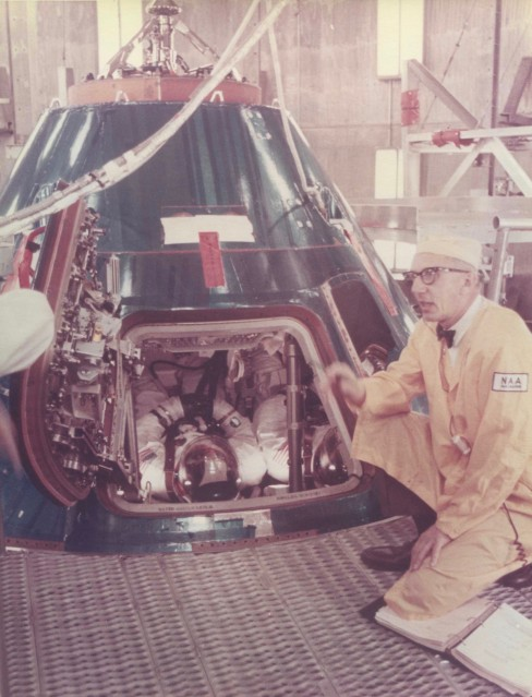 Apollo 11, Preflight preparations (S-69-32263) - NASA
