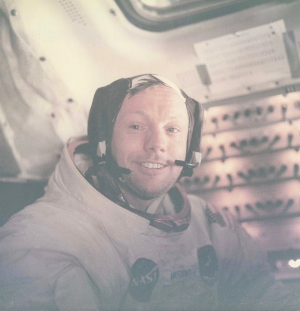 Apollo 11, Neil A. Armstrong (AS11- 37- 5528) - NASA