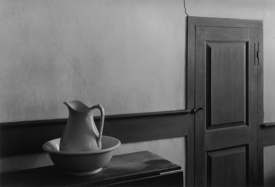 Shaker Interior, 1971 - George TICE
