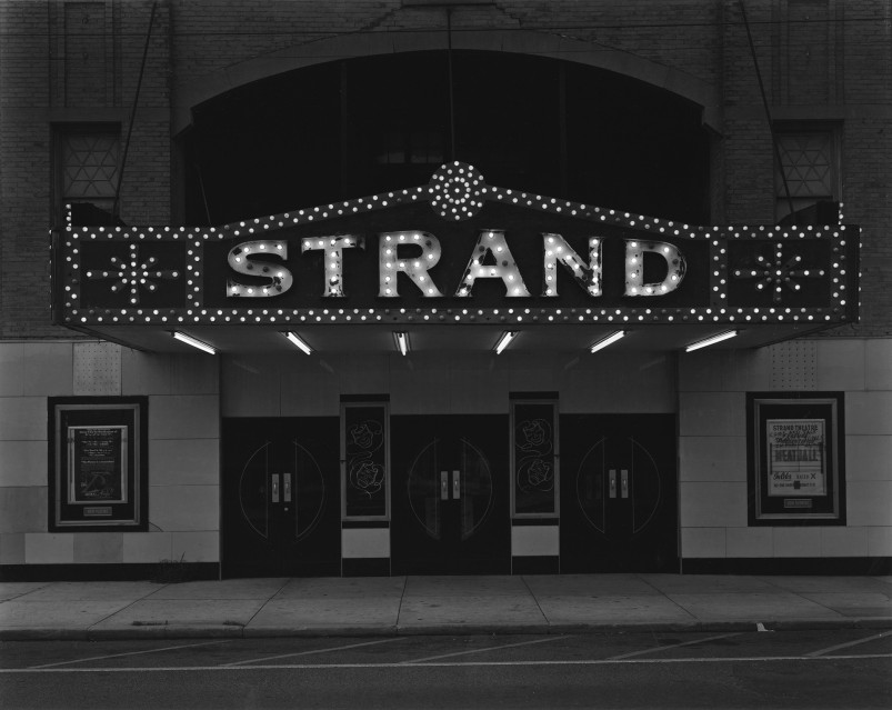 Strand Theater, 1973 - George TICE