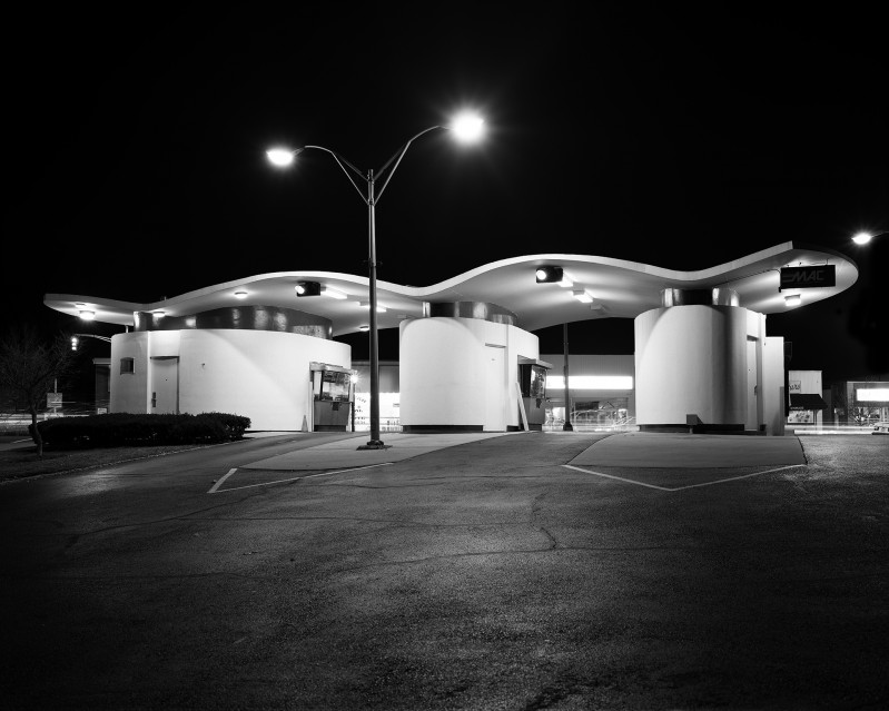 First Union Drive - In Bank, 1998 - George TICE