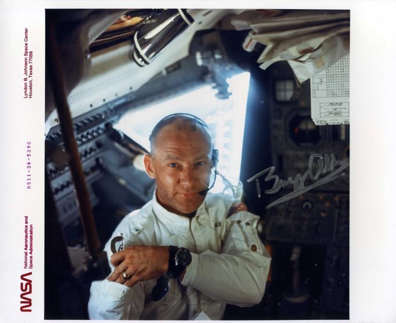 Apollo 11, Buzz Aldrin (AS11-36-5390) - NASA