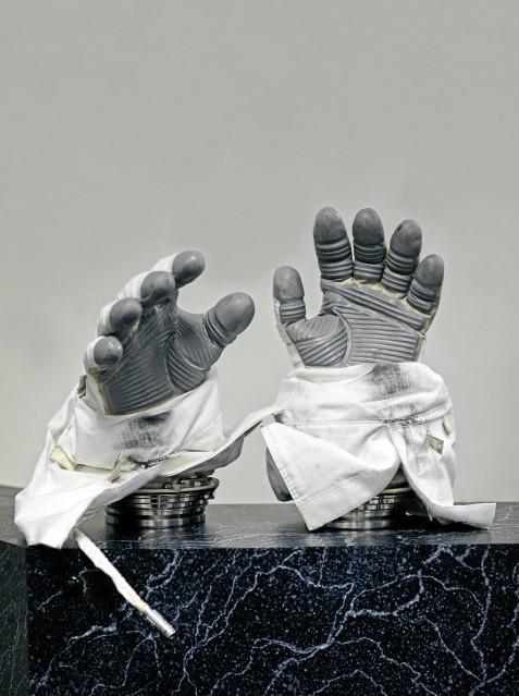 Space Gloves NASA - Vincent FOURNIER