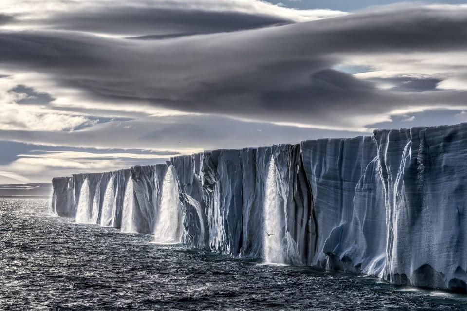 Ice Waterfall - Paul NICKLEN
