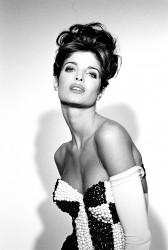 Stephanie Seymour -Dolce Gabbana