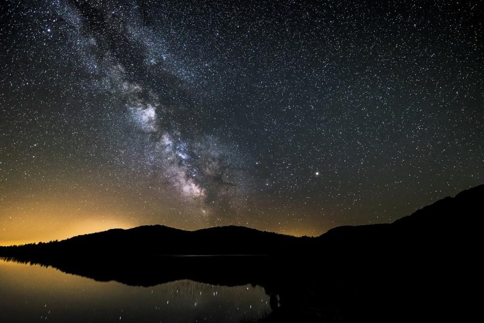 Les lumières de la nuit - Guillaume CANNAT
