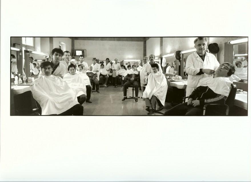 Salon de coiffure, 1989 - Frederic BRENNER