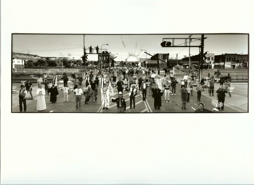 Citoyens protestant contre un acte antisémite, 1994 - Frederic BRENNER