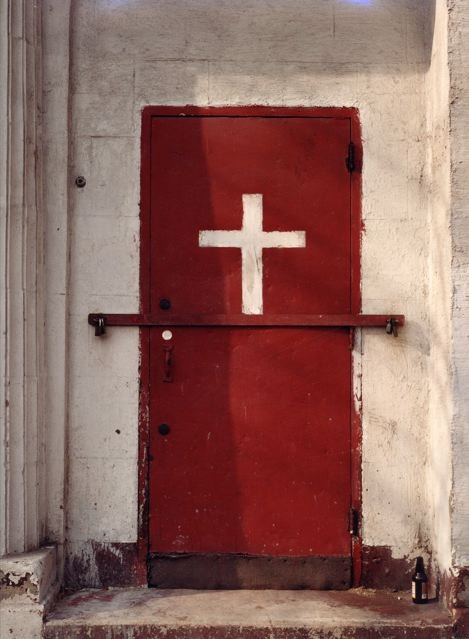 White Cross Red Door - Alice ATTIE