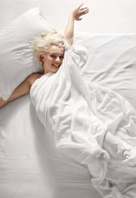 Marilyn Monroe, 1961, vertical - Douglas KIRKLAND