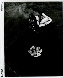 Gemini 12, Aldrin's recovery (66-H-1436)