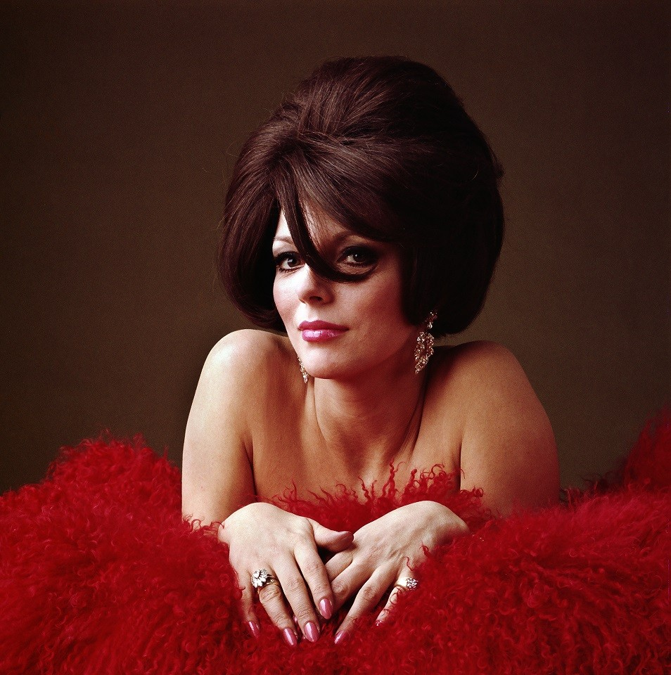 Ormond Gigli exhibition, photography of Joan Collins.